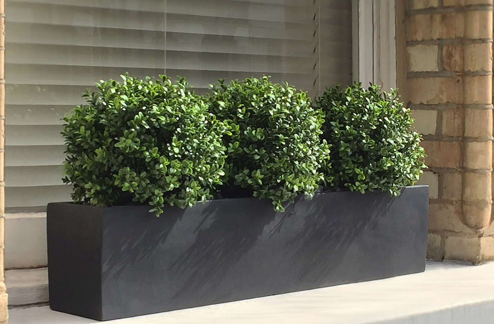 481 fake landscapes 90cm window box with three natural look UV buxus balls