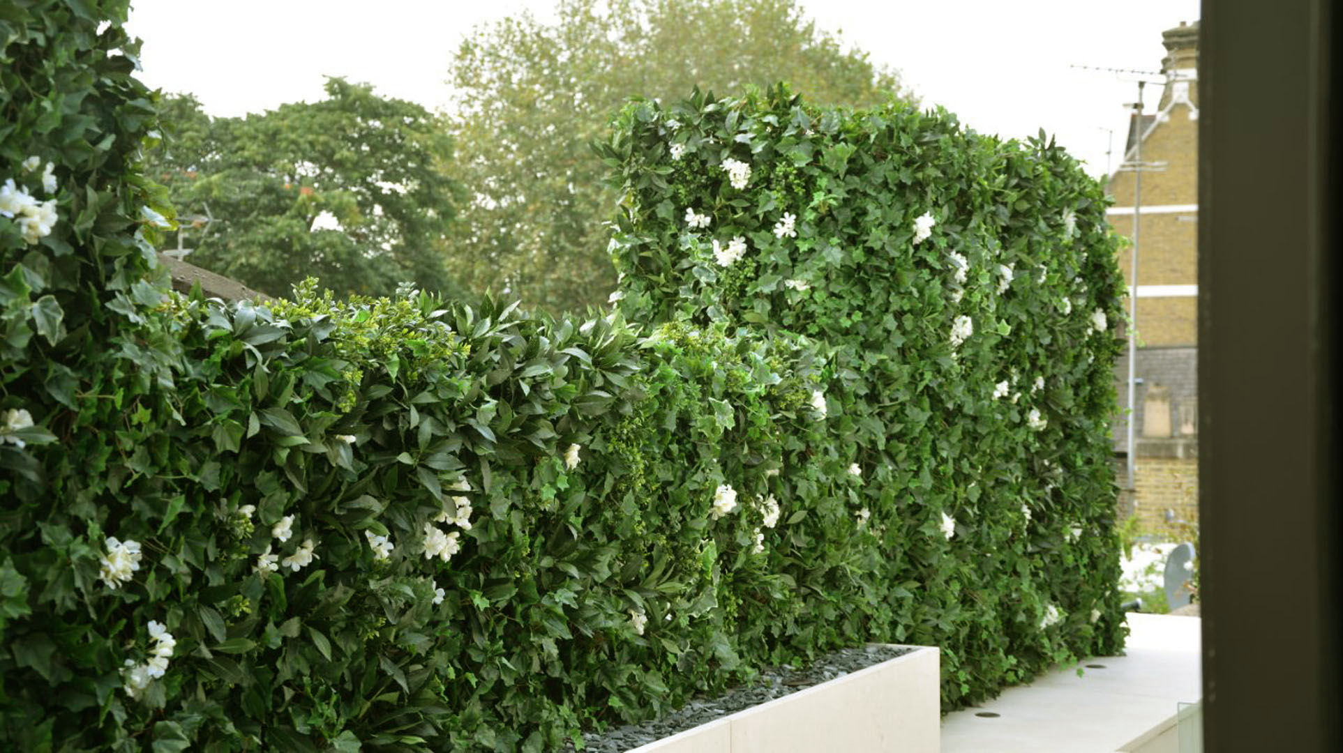 520 Fake Landscapes mews chimney breast living wall 520