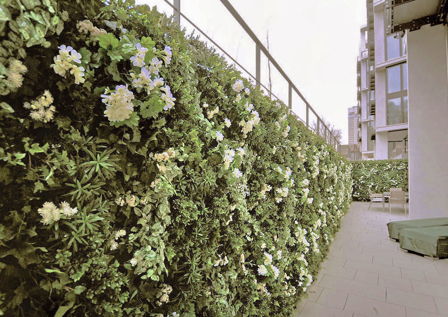 417 fake landscapes One Hyde Park flowering living wall 3mx24m